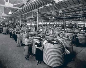 """Workers in Western Electric's Hawthorne Works plant in Cicero, Ill., perform better when lighting and other working conditions are tinkered with—regardless of what the change is. Researchers realize that the workers are simply responding positively to attention from managers. This becomes known as the """"Hawthorne Effect."""""""